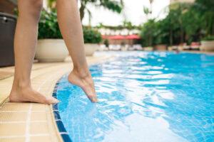 Fuß im Pool